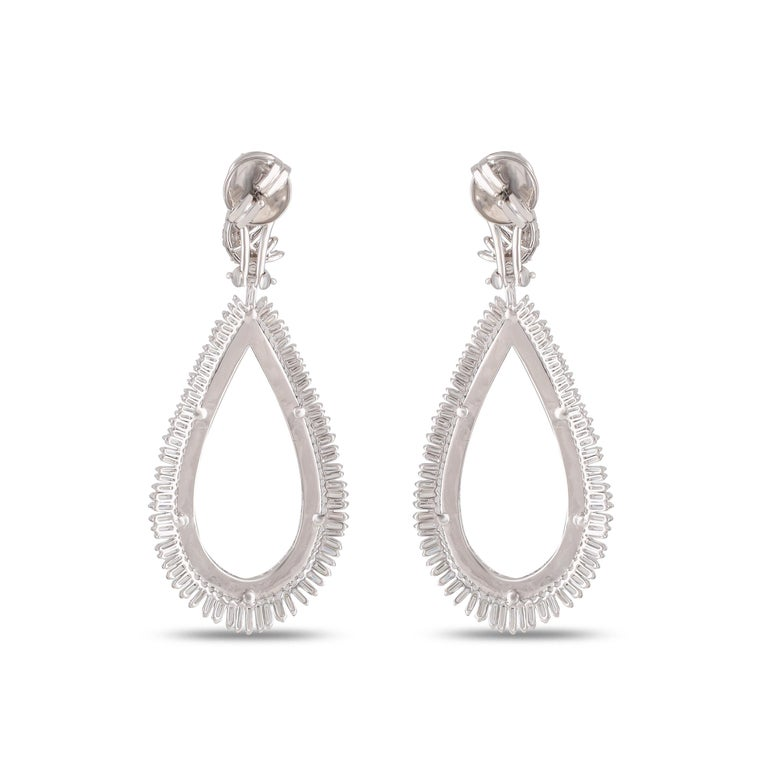 Studio Rêves Diamond and Baguette Studded Dangling Earrings in 18K White Gold In New Condition For Sale In Mumbai, Maharashtra