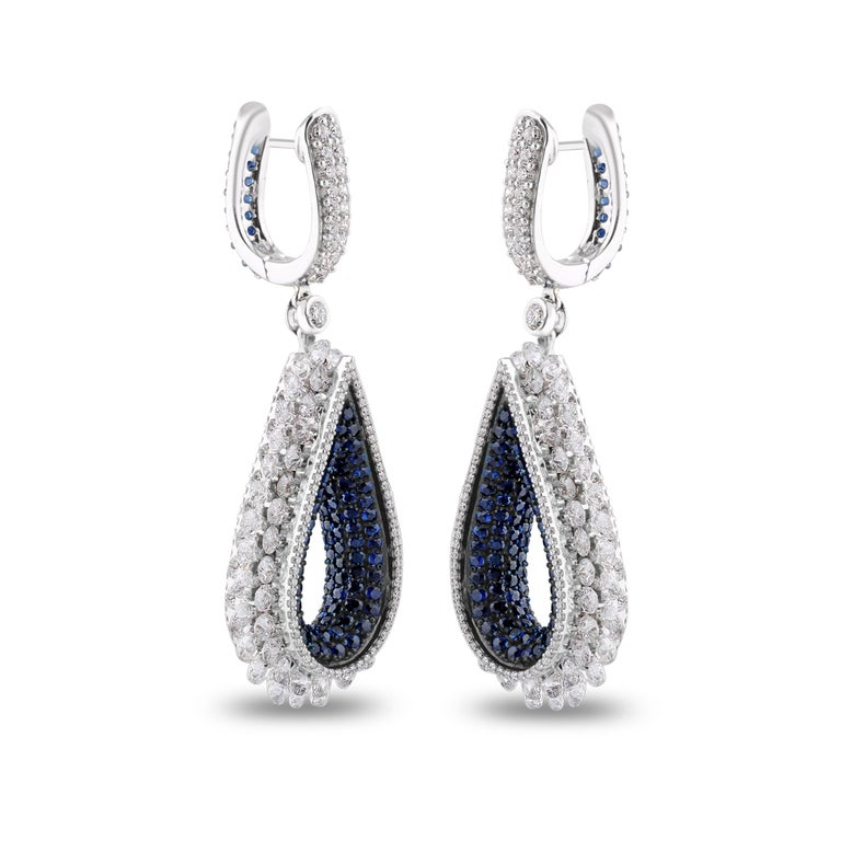 Contemporary Studio Rêves Diamond and Blue Sapphire Tear Drop Reversible Earrings in 18K Gold For Sale