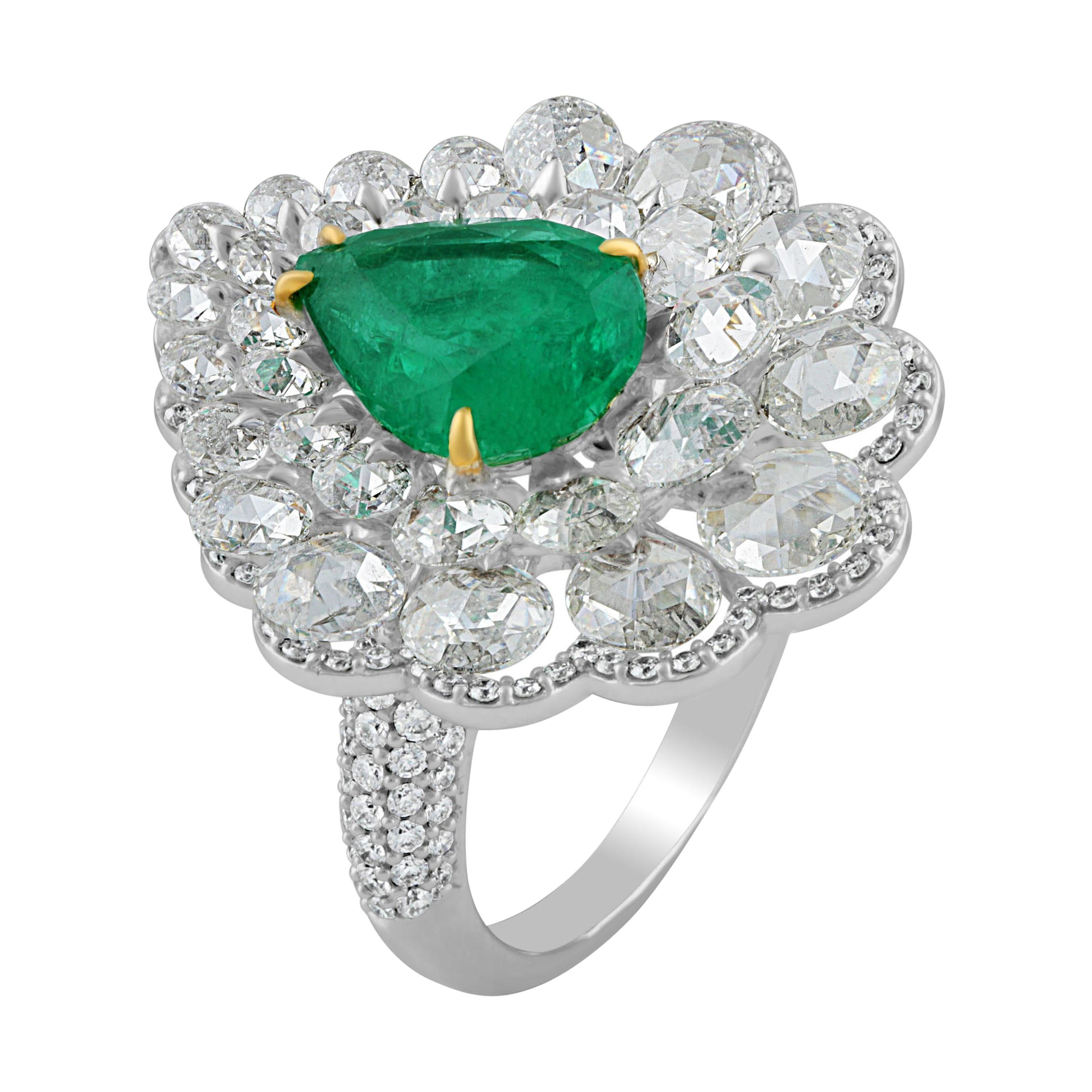 b561845de03d5 Antique Emerald Cocktail Rings - 1,515 For Sale at 1stdibs