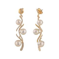 Studio Rêves Diamond and Pearl Earrings in 18 Karat Gold