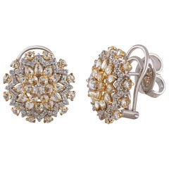 Studio Rêves Diamond Cluster Stud Earrings in 18 Karat Gold