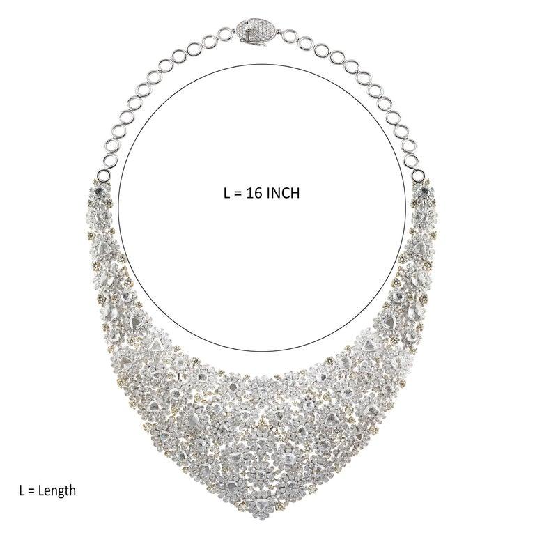 Contemporary Studio Rêves Diamond Floral Carpet Necklace in 18 Karat Gold For Sale