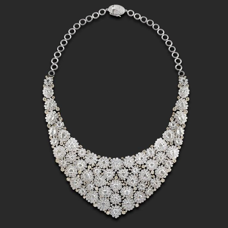 Women's Studio Rêves Diamond Floral Carpet Necklace in 18 Karat Gold For Sale