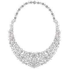 Studio Rêves Diamond Floral Necklace in 18 Karat Gold