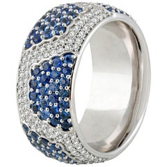 Studio Rêves Diamond with Blue Sapphire Band Ring in 18 Karat Gold