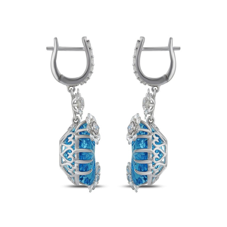 Studio Rêves Diamond with Blue Topaz Floral Dangling Earrings in 18 Karat Gold In New Condition In Mumbai, Maharashtra