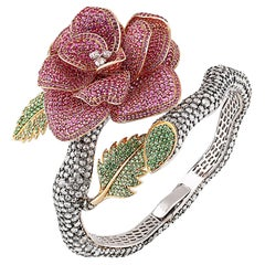 Studio Rêves Diamond with Pink Sapphire Rose Bracelet in 18 Karat Gold