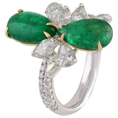 Studio Rêves Diamonds and Emeralds Cluster Ring in 18 Karat Gold
