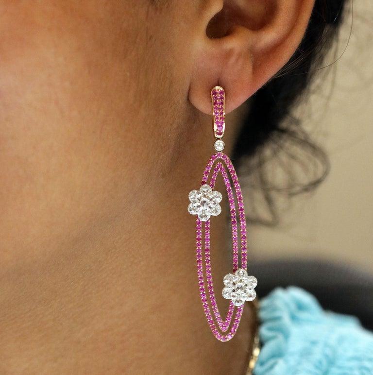 Women's Studio Rêves Diamonds and Pink Sapphire Oval Dangling Earrings in 18 Karat Gold For Sale