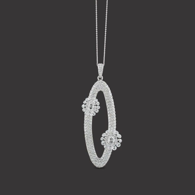 Women's Studio Rêves Diamonds Oval Pendant Necklace in 18 Karat White Gold For Sale