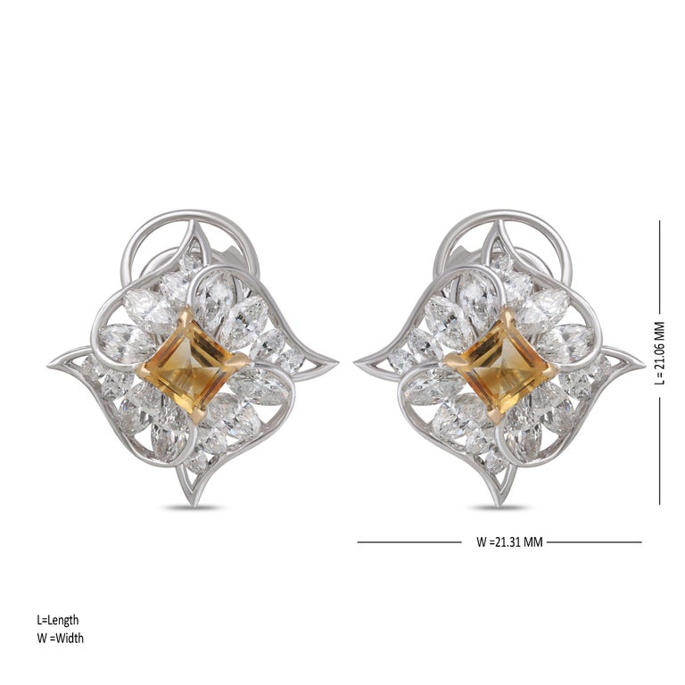 Studio Rêves Edgy Diamond and Citrine Stud Earrings in 18 Karat Gold In New Condition For Sale In Mumbai, Maharashtra