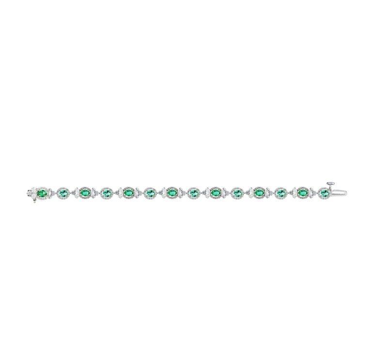 Modern Studio Rêves Emerald and Diamond Tennis Bracelet in 18 Karat Gold For Sale