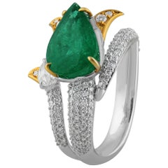 Studio Rêves Emerald and Diamonds Bud Ring 18 Karat Gold