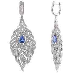 Studio Rêves Ocean Inspired Dangling Earrings in 18 Karat Gold
