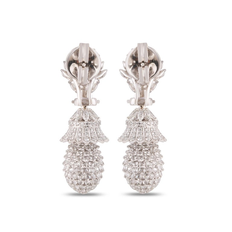 Studio Rêves Pineapple Diamond Dangling Earrings in 18 Karat White Gold In New Condition For Sale In Mumbai, Maharashtra