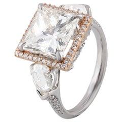 Studio Rêves Princess Diamond Ring in 18 Karat Gold