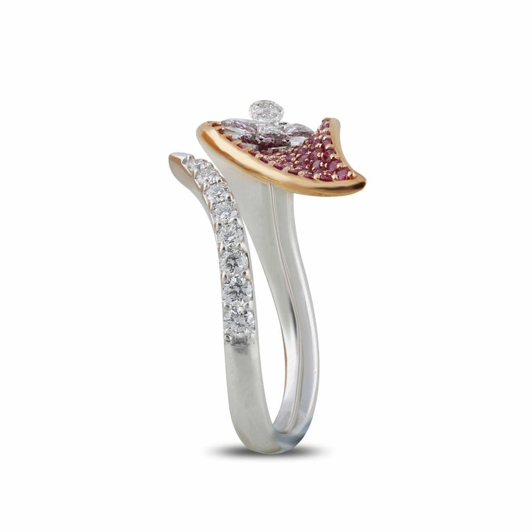 Women's Studio Rêves Rose Cut Diamonds and Pink Sapphire Ring in 18 Karat Gold For Sale