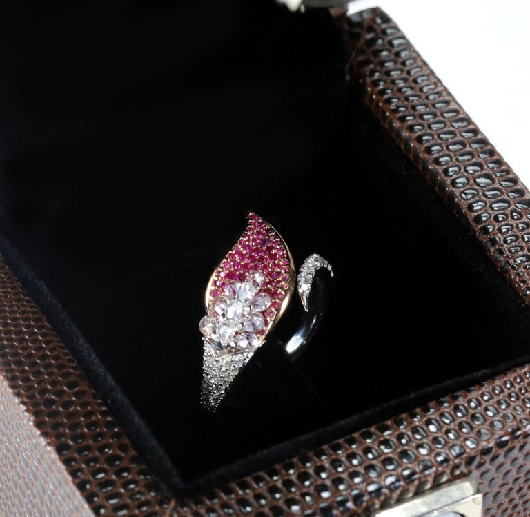 Studio Rêves Rose Cut Diamonds and Pink Sapphire Ring in 18 Karat Gold For Sale 3