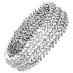Studio Rêves Taper Baguette Diamond Tennis Bracelet in 18 Karat White Gold