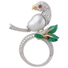 Studio Rêves White Ring-Neck Parrot Cocktail Ring in 18 Karat Gold