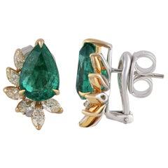 Studio Rêves Yellow Diamonds and Emerald Stud Earrings in 18 Karat Gold