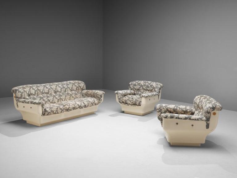Studio Tecnico for Mobilquattro 'Delta 699' Sofa in Floral Upholstery For Sale 4