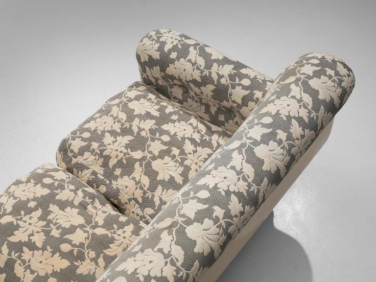 Studio Tecnico for Mobilquattro 'Delta 699' Sofa in Floral Upholstery For Sale 2