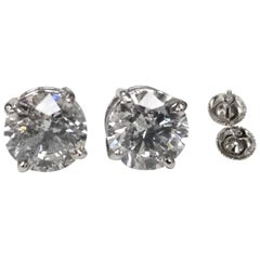 "Studs 2 Brilliant Cut Diamonds, Color ""G"", Clarity SI3 and Weight 3.15 Carat"