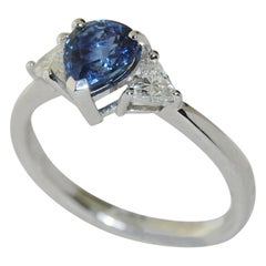 Stunning 1.22 Carat Sapphire and Diamond Ring in 18 Karat White Gold