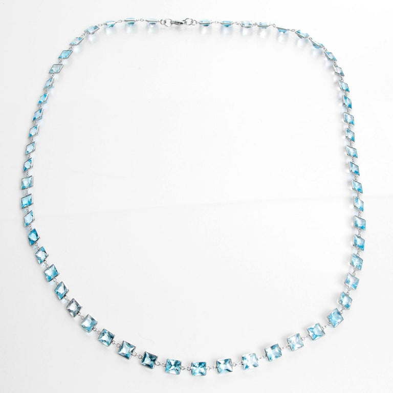 Stunning 14 Karat White Gold Blue Topaz by the Yard Necklace In New Condition For Sale In Dallas, TX