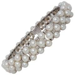 Stunning 18 Karat White Gold Pearl and Diamond Bracelet