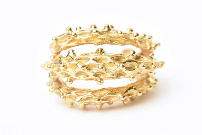 18 Karat Gold Italian Pierced Earrings Pair Of For Sale 2