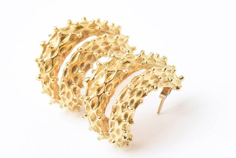 18 Karat Gold Italian Pierced Earrings Pair Of For Sale 4