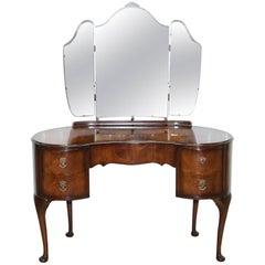 Stunning 1930s Flamed Mahogany Kidney Shaped Dressing Table Tri-Fold Mirrors