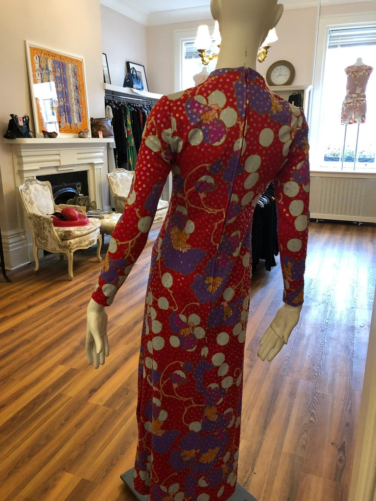 Stunning 1960s Anne Fogarty Sequin Floral Design Long Dress  In Excellent Condition For Sale In Port Hope, ON