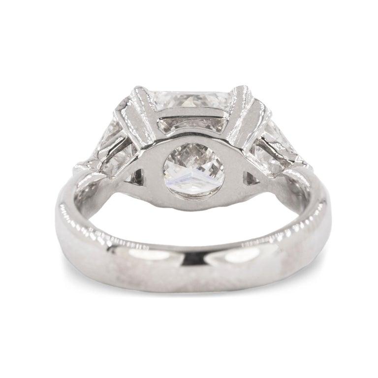 Women's or Men's Stunning 3.03 Carat Diamond Ring For Sale
