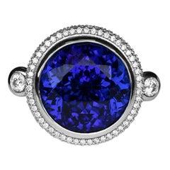 Stunning 37.12 Carat Tanzanite and Diamond Platinum Ring Estate Fine Jewelry