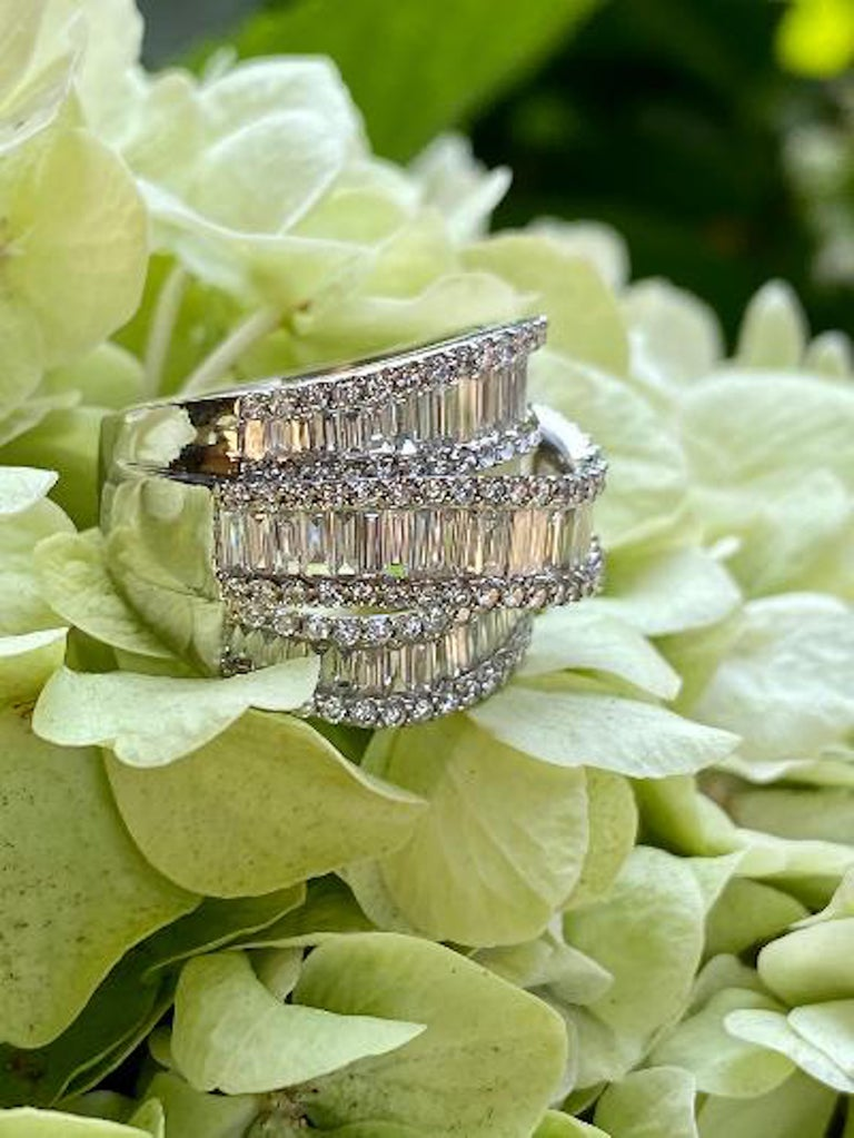 Stunning 6.50 Carat F Color 3-Row Wide Baguette Diamond White Gold Band Ring For Sale 1