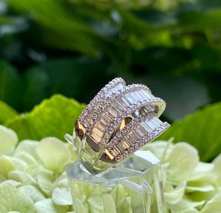 Stunning 6.50 Carat F Color 3-Row Wide Baguette Diamond White Gold Band Ring For Sale 2