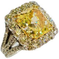 Stunning 8.48 Carat Certified Natural Fancy Yellow Square Cut Diamond Halo Ring