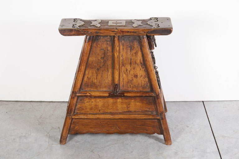 Stunning Antique Chinese Barber Stool with Original Fittings For Sale 6