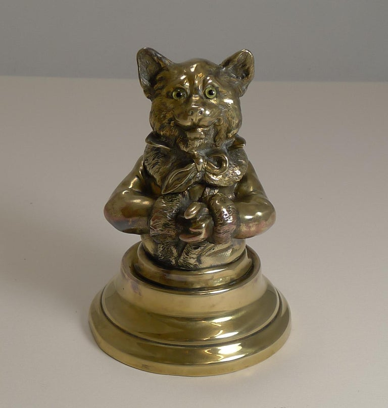 Late Victorian Stunning Antique English Brass Novelty Inkwell, Cat, circa 1880 For Sale