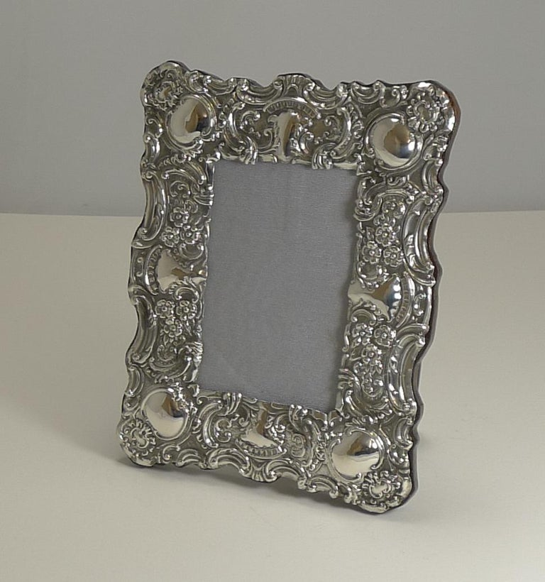 Stunning Antique English Sterling Silver Photograph Frame, 1902 For Sale 4