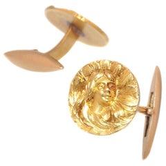 Stunning Art Nouveau 18 Karat Yellow Gold Cufflinks, 1900s