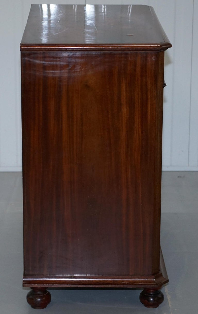 Stunning Biedermeier Flamed Mahogany Small Chest of Drawers Rare Find circa 1820 For Sale 8