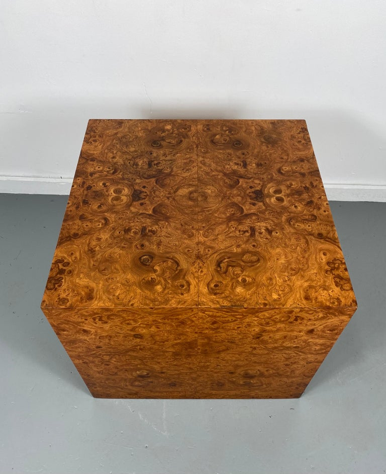 Stunning Burl Wood Cube Table / Pedestal by Milo Baughman In Good Condition For Sale In Buffalo, NY