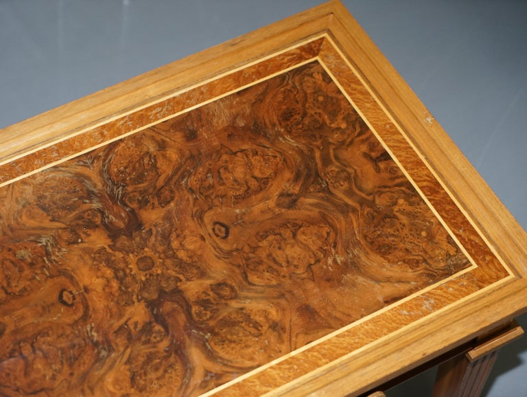 Stunning Burr Walnut Kidney Desk Built in Bookcase Shelf Brown Leather Surface In Good Condition In London, GB