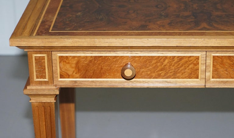 20th Century Stunning Burr Walnut Kidney Desk Built in Bookcase Shelf Brown Leather Surface