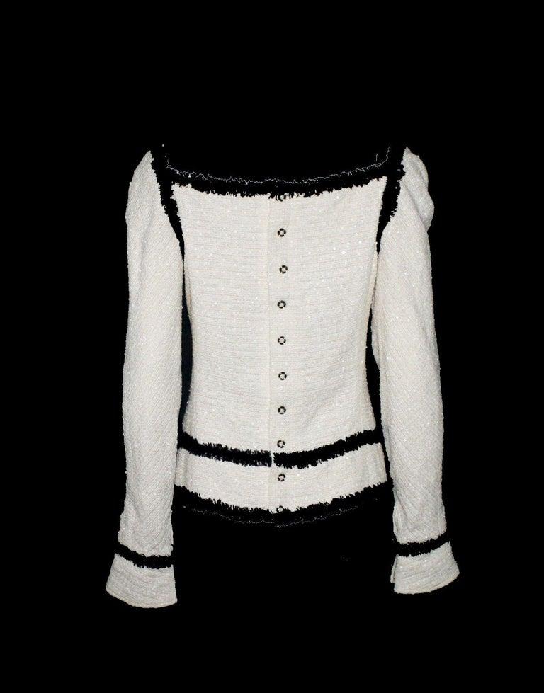 Gray Extraordinary Chanel Signature Monochrome Sequin Fantasy Tweed Jacket For Sale