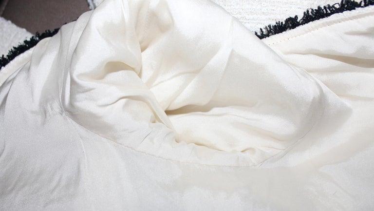 Extraordinary Chanel Signature Monochrome Sequin Fantasy Tweed Jacket For Sale 3